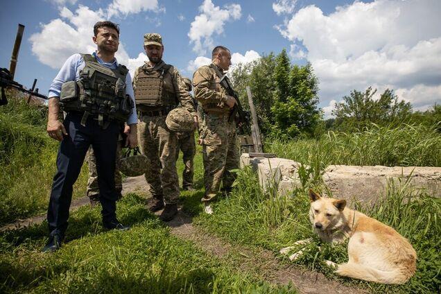 Владимир Зеленский во время рабочей поездки в Луганскую область