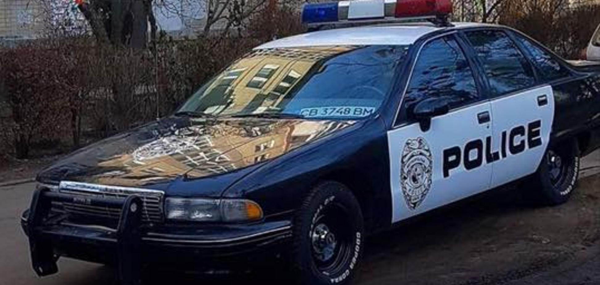 В Киеве сфотографировали авто полиции США