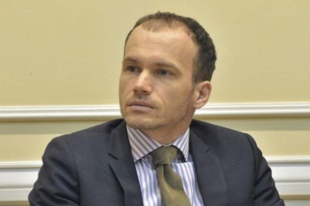 Денис Малюська поскаржився на зарплату