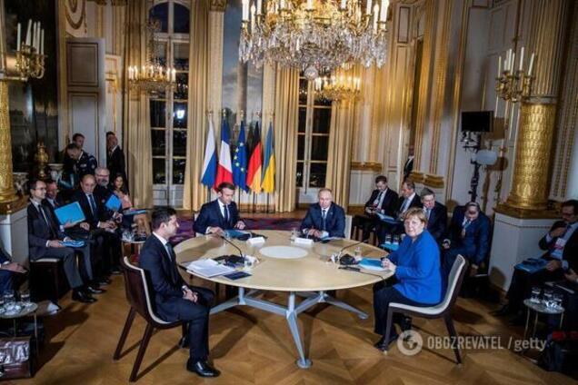 'Путин, выведи войска': Зеленскому жестко пригрозили из-за 'психоза' Суркова на переговорах