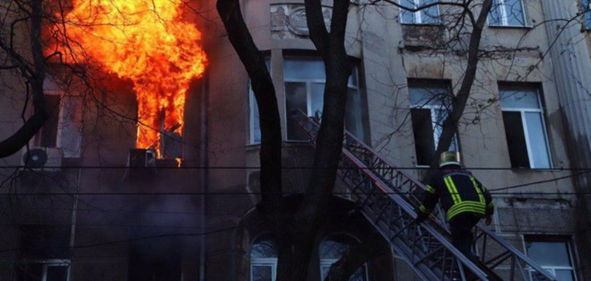Найдены тела всех погибших при пожаре в колледже Одессы