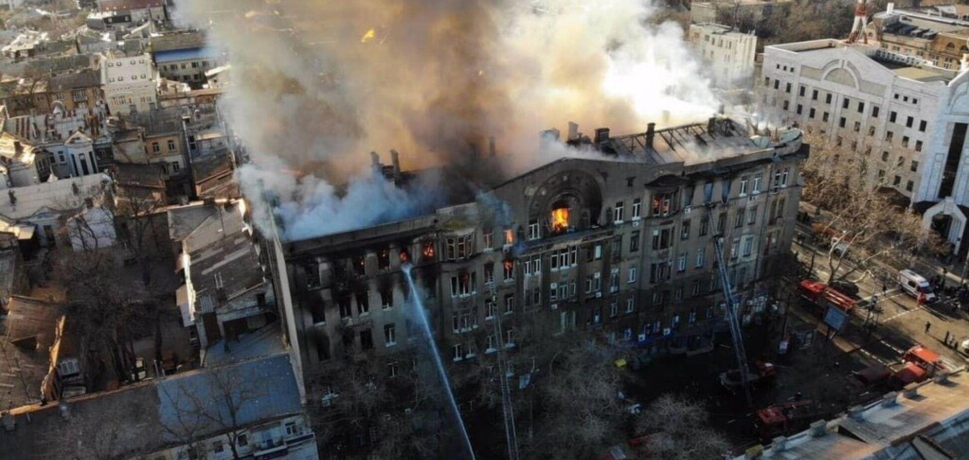 Намагалися приховати і знищити докази: СБУ нагрянула з обшуками до рятувальників ДСНС через смертельну пожежу в Одесі