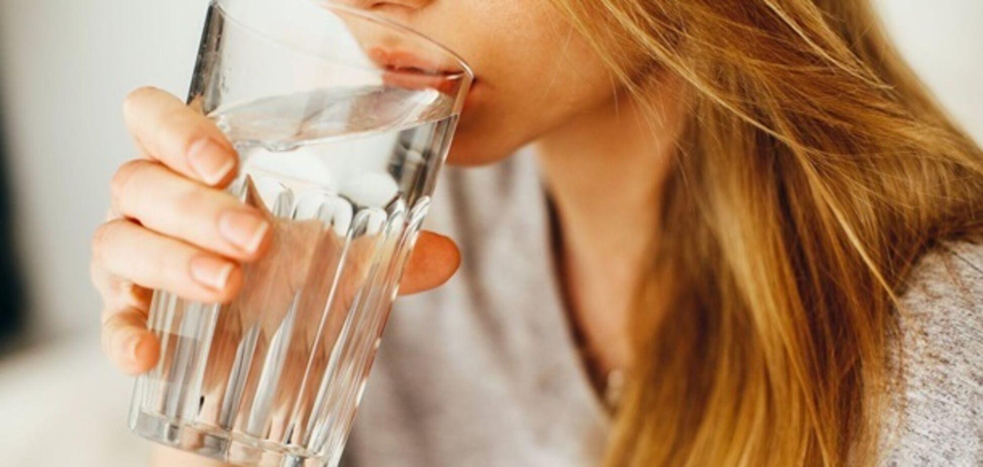 Питьевой режим при склонности к запорам
