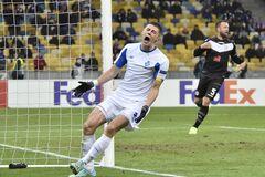 Виталий Миколенко переживает отчаяние на последних минутах матча с 'Лугано'