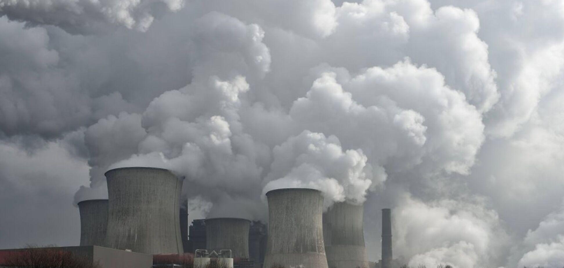 Ученые в Швеции создали сверхлегкий материал, который 'пожирает' вредные выбросы
