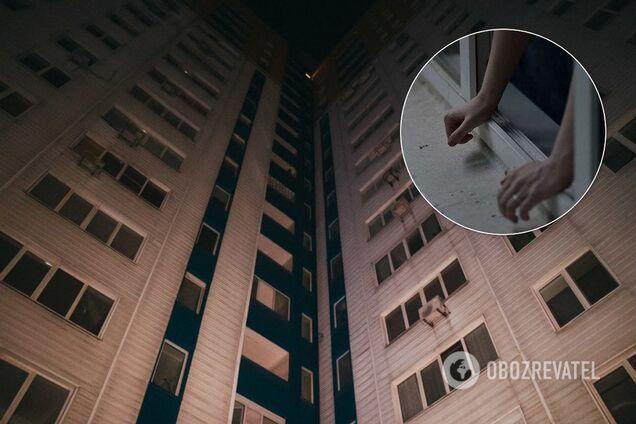 У Києві молода мама викинулася з вікна 10-го поверху