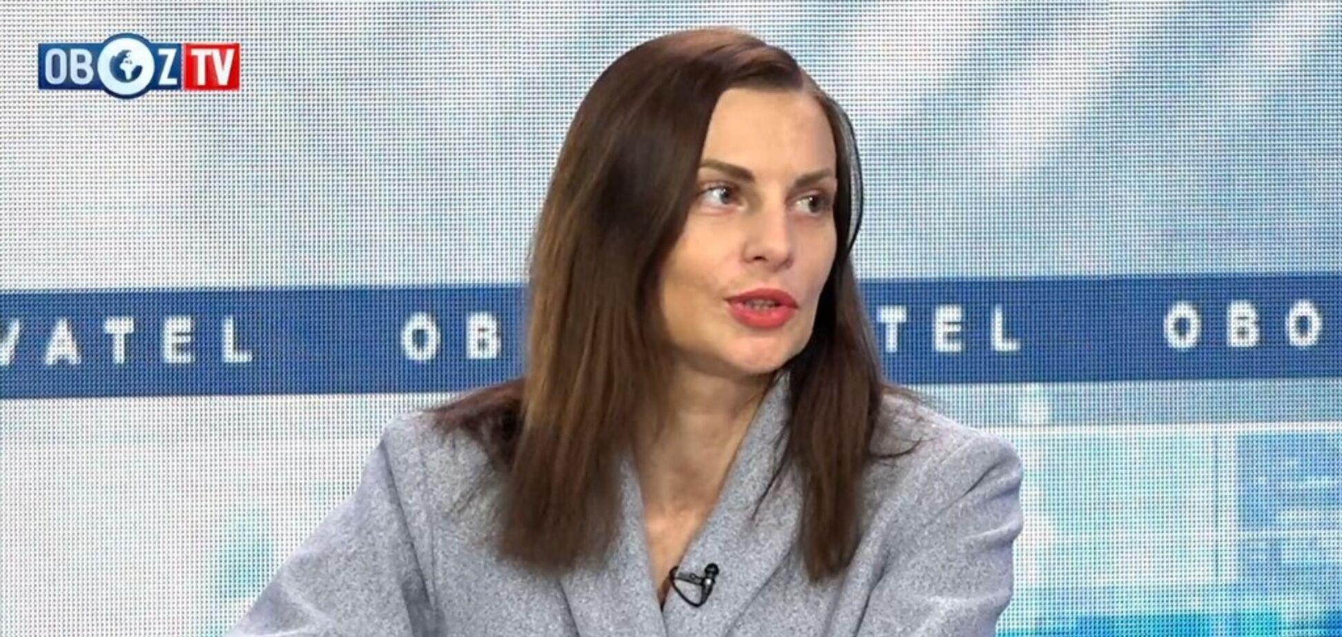 Рейтинг доверия к волонтерам не падает: герой Украины