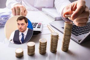 Величезний дефіцит: Кабмін затвердив 'дірку' у бюджеті Пенсійного фонду