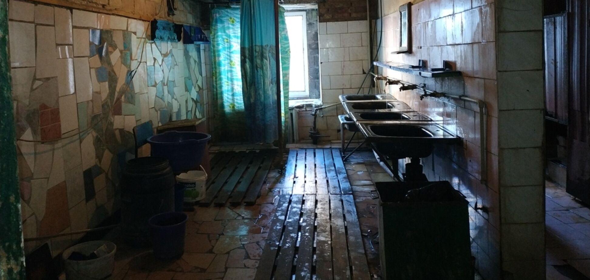 Умерли 13 заключенных: опубликованы ужасающие фото тюрьмы под Киевом