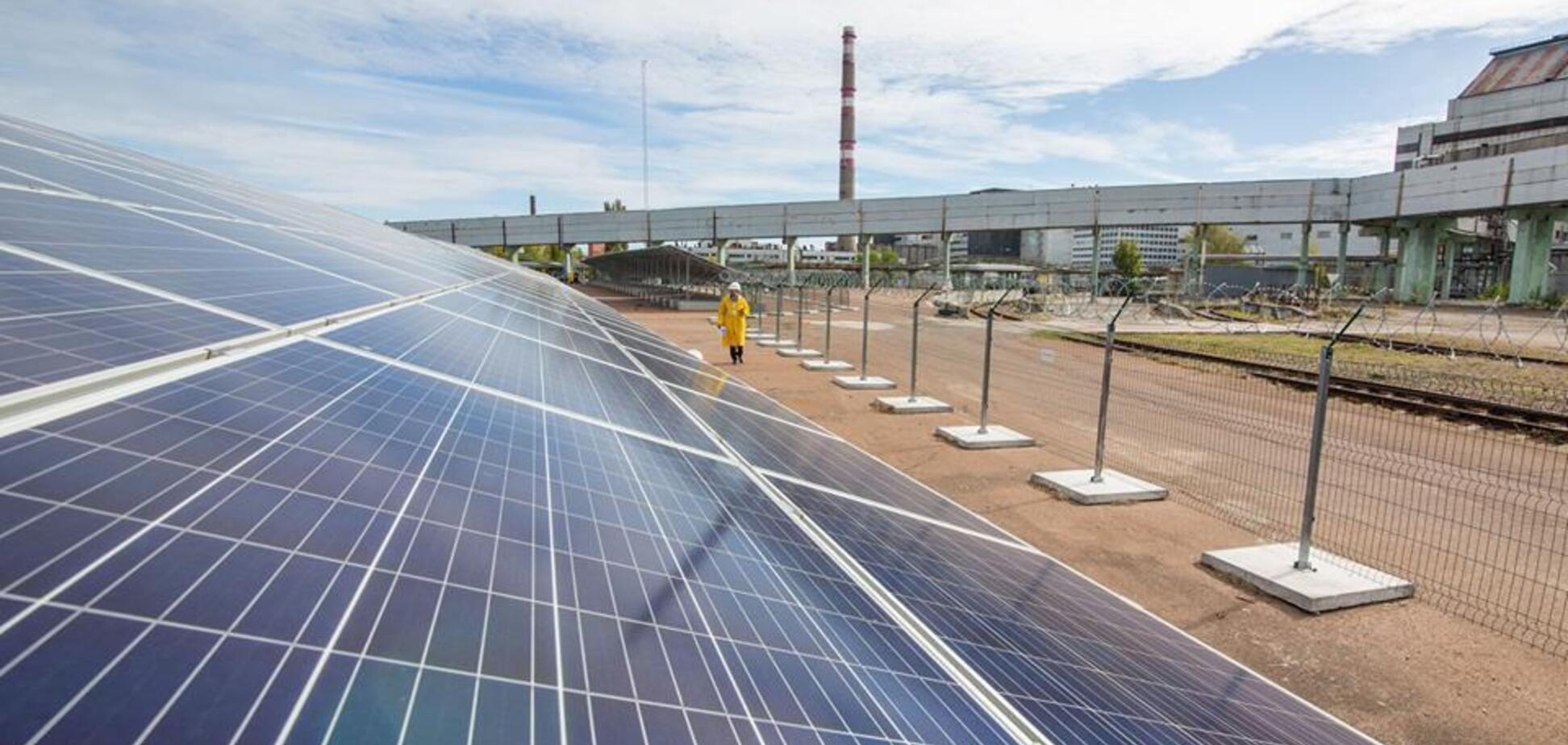 В Чернобыле появилась уникальная солнечная станция: впечатляющие фото
