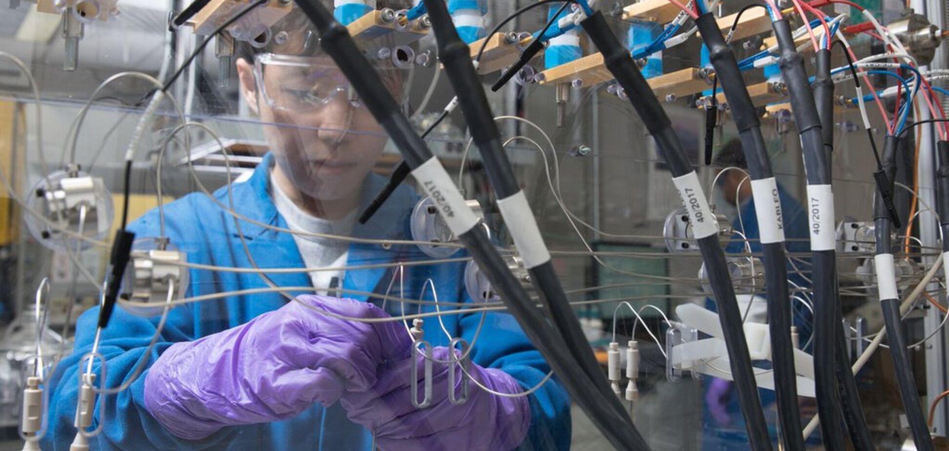 Вчені з IBM створили акумулятор на основі матеріалів із морської води