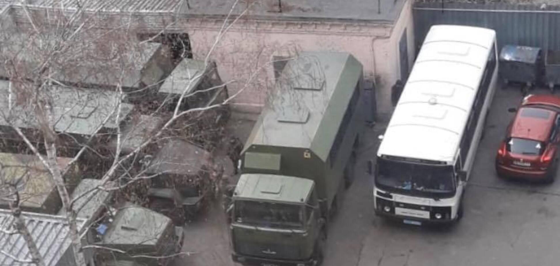 Стянули технику: Зверобой напугала руководство ГБР. Фотофакт