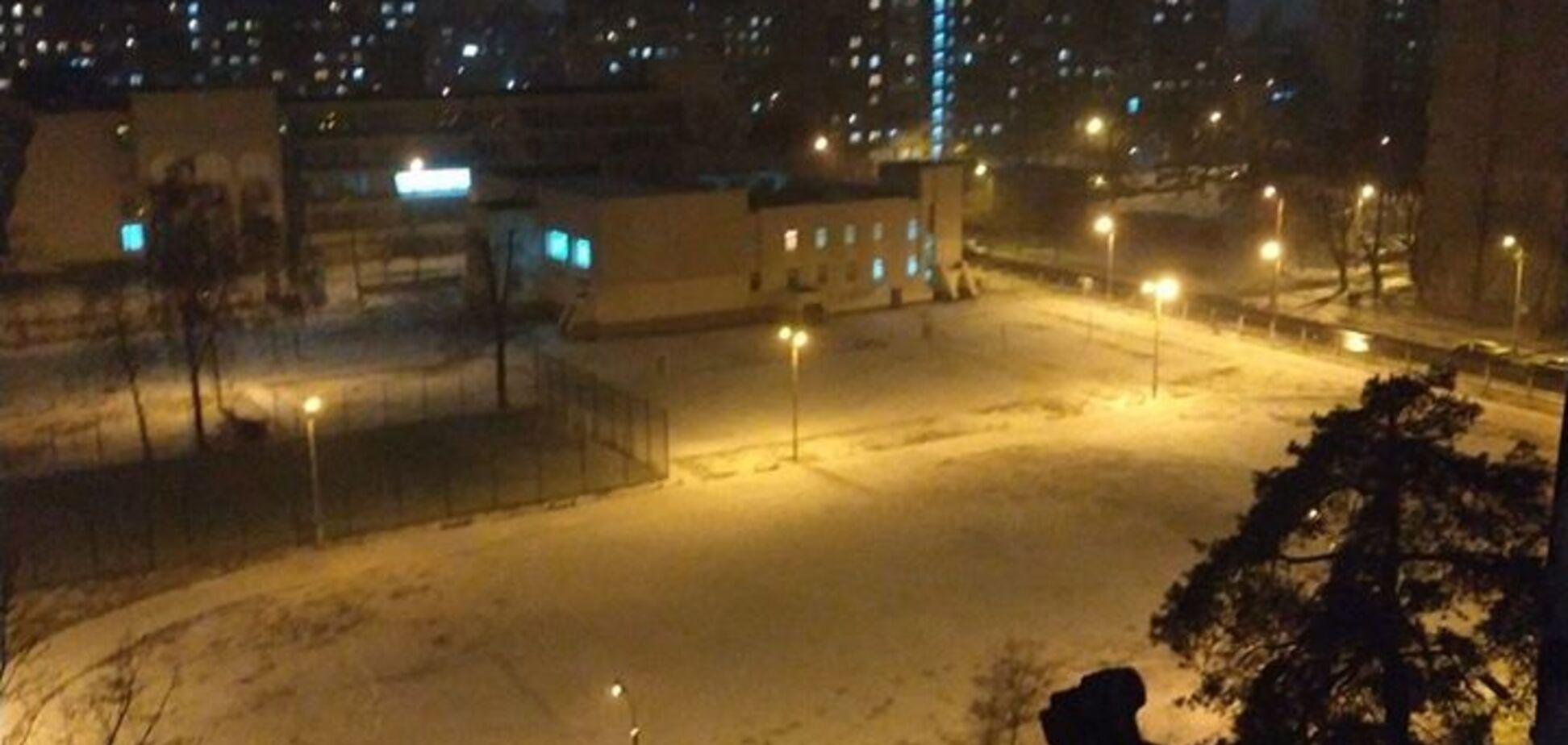 В Киеве коллапс на дорогах из-за неожиданного снега