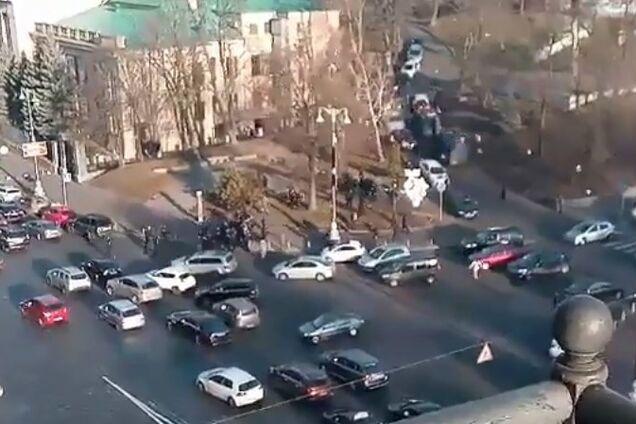 """Сутички біля стадіону """"Динамо"""" у Києві"""