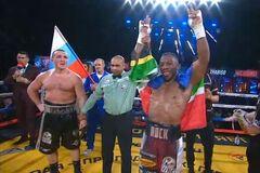 Знаменитий російський боксер бездарно програв у чемпіонському бою