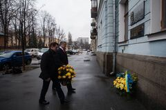 'Неоценимый вклад!' Порошенко поздравил украинских дипломатов