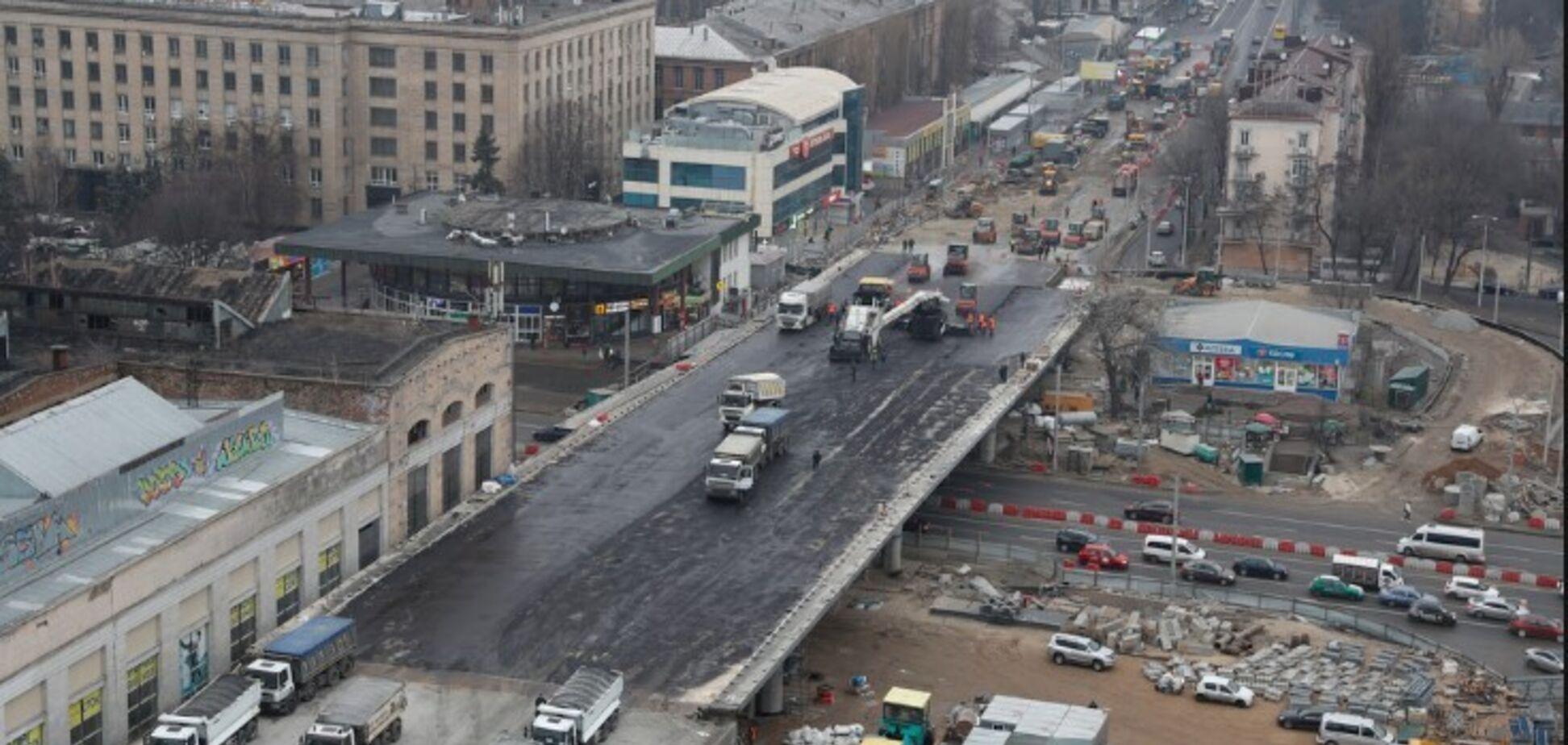 Дорожники начали асфальтировать Шулявский путепровод - Кличко