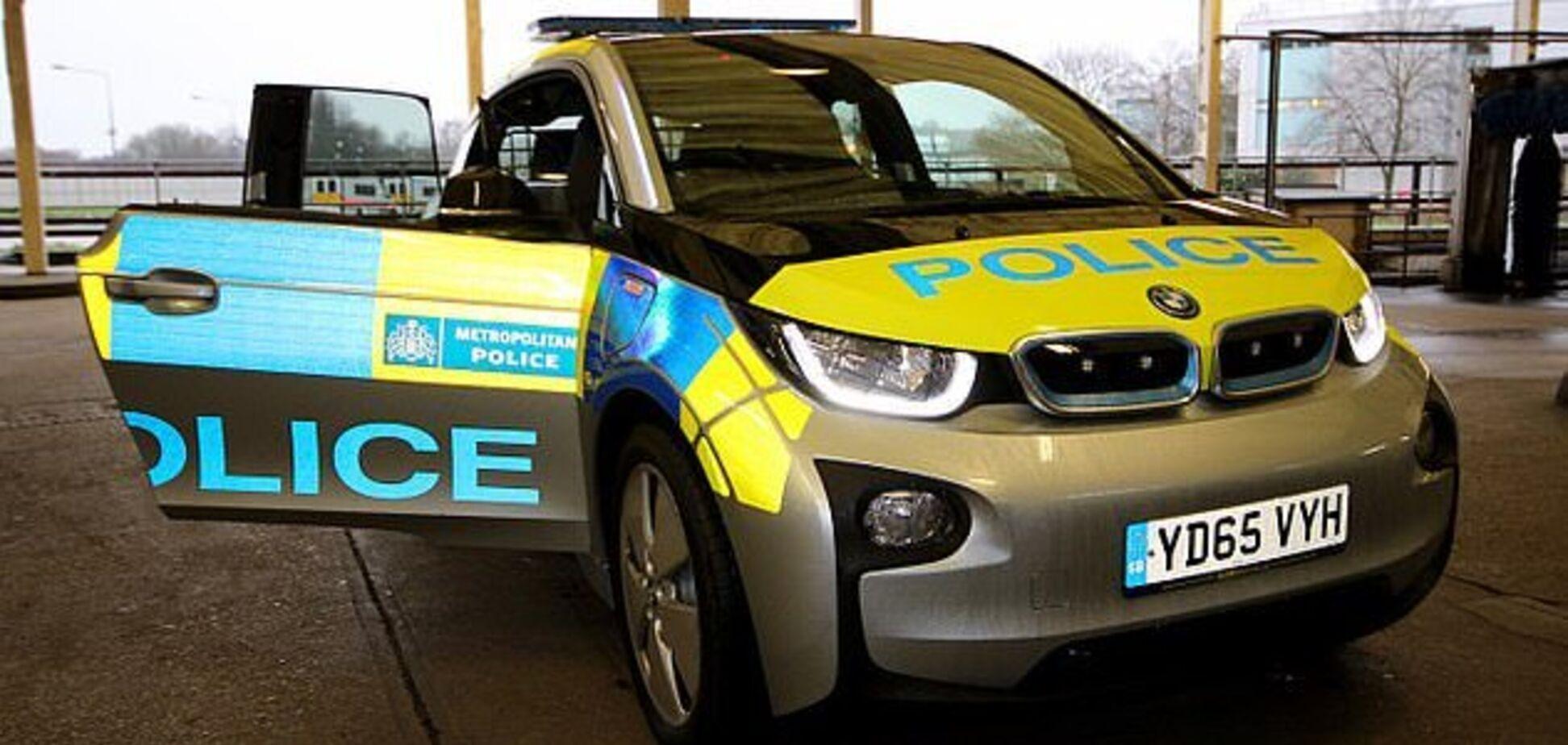 Поліція Британії закупила електрокари й жорстко їх розкритикувала: що трапилося