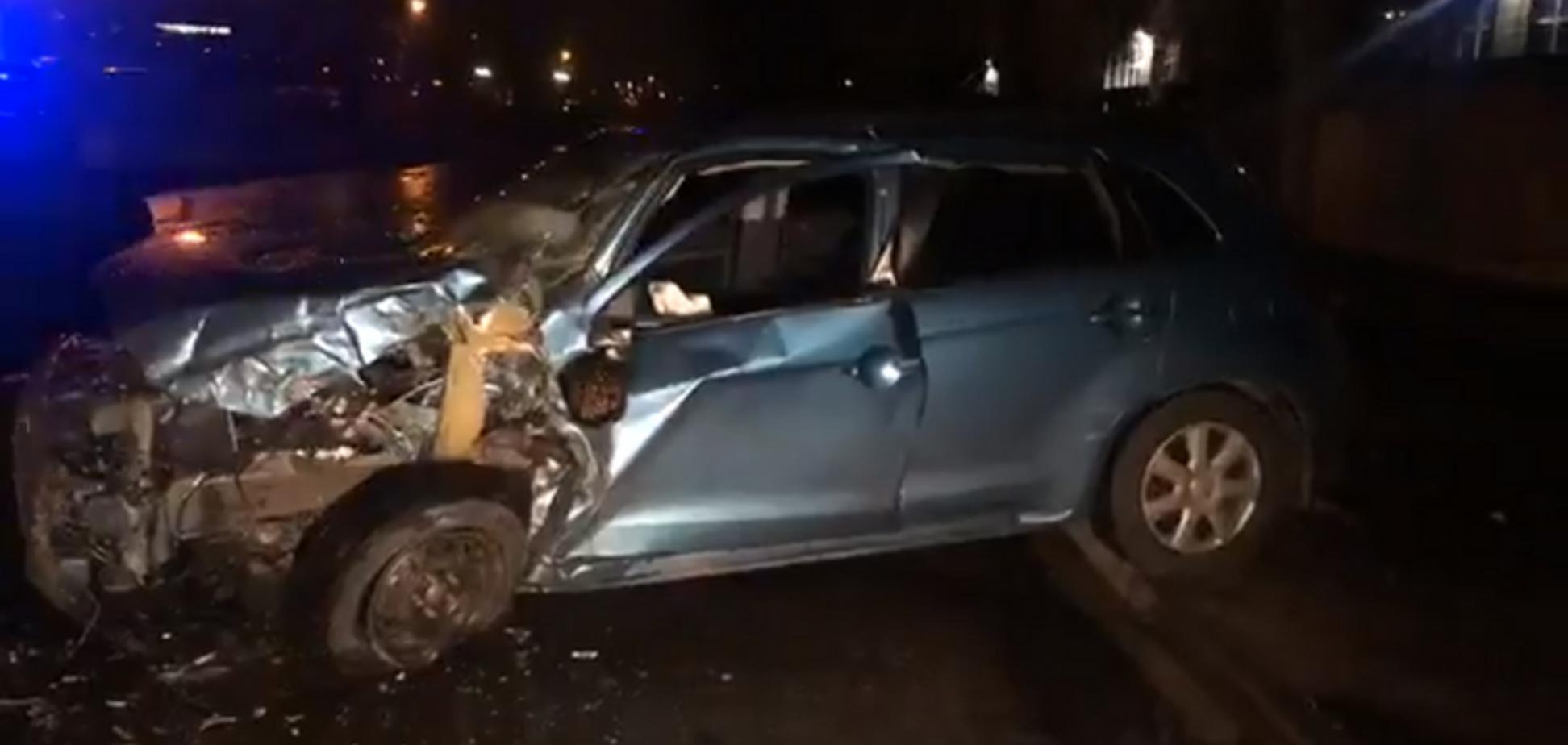Машина після зіткнення з маршруткою