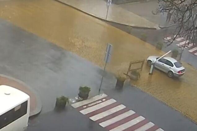 В Одессе автомобиль сбежал от хозяина