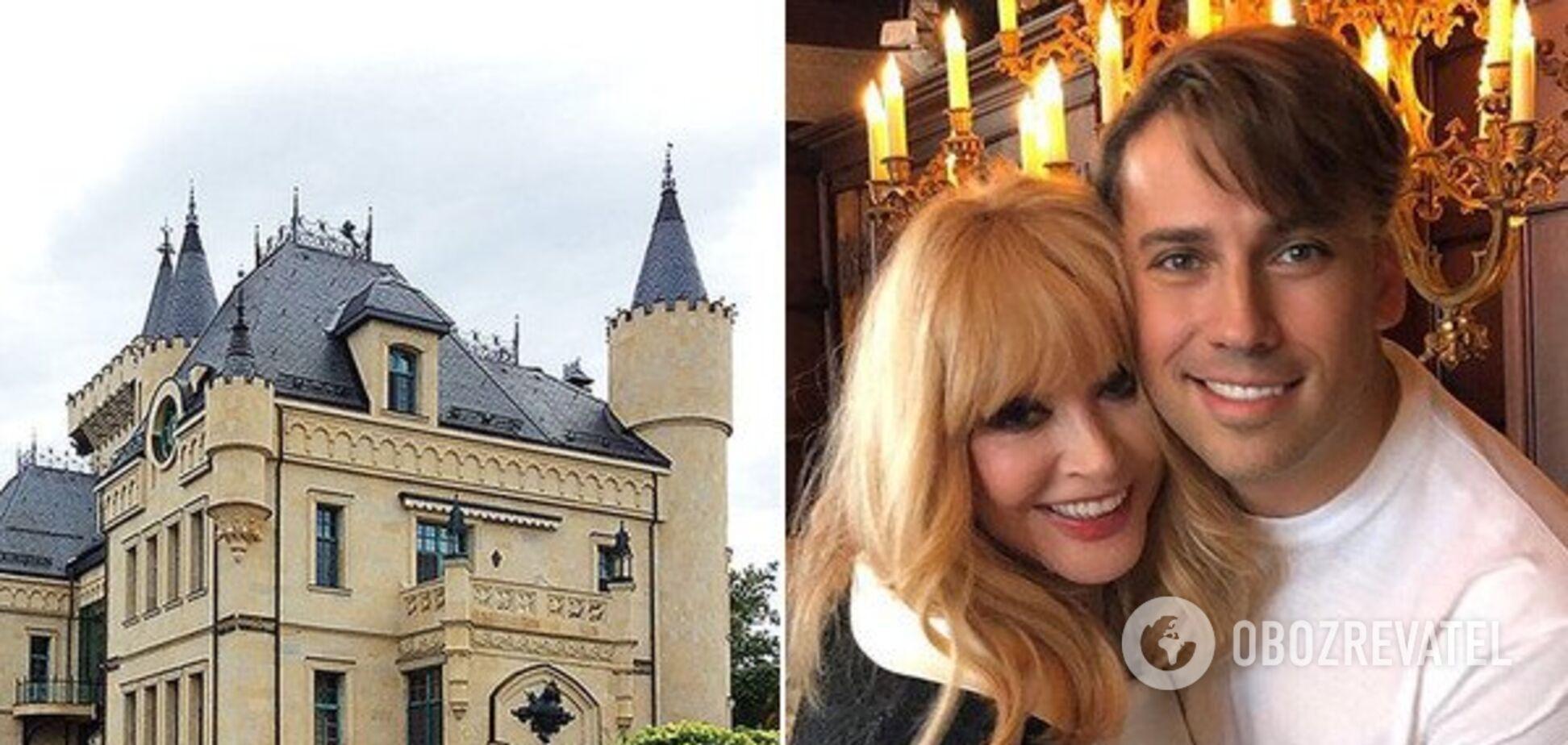 Смотровая башня и роскошный интерьер: Галкин показал их с Пугачевой замок