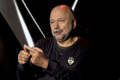'За батьківщину, за Путіна': письменник назвав головну відмінність росіян від українців