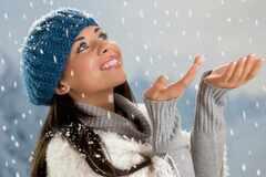 Календарь красоты на январь: лучшие даты для стрижки и маникюра