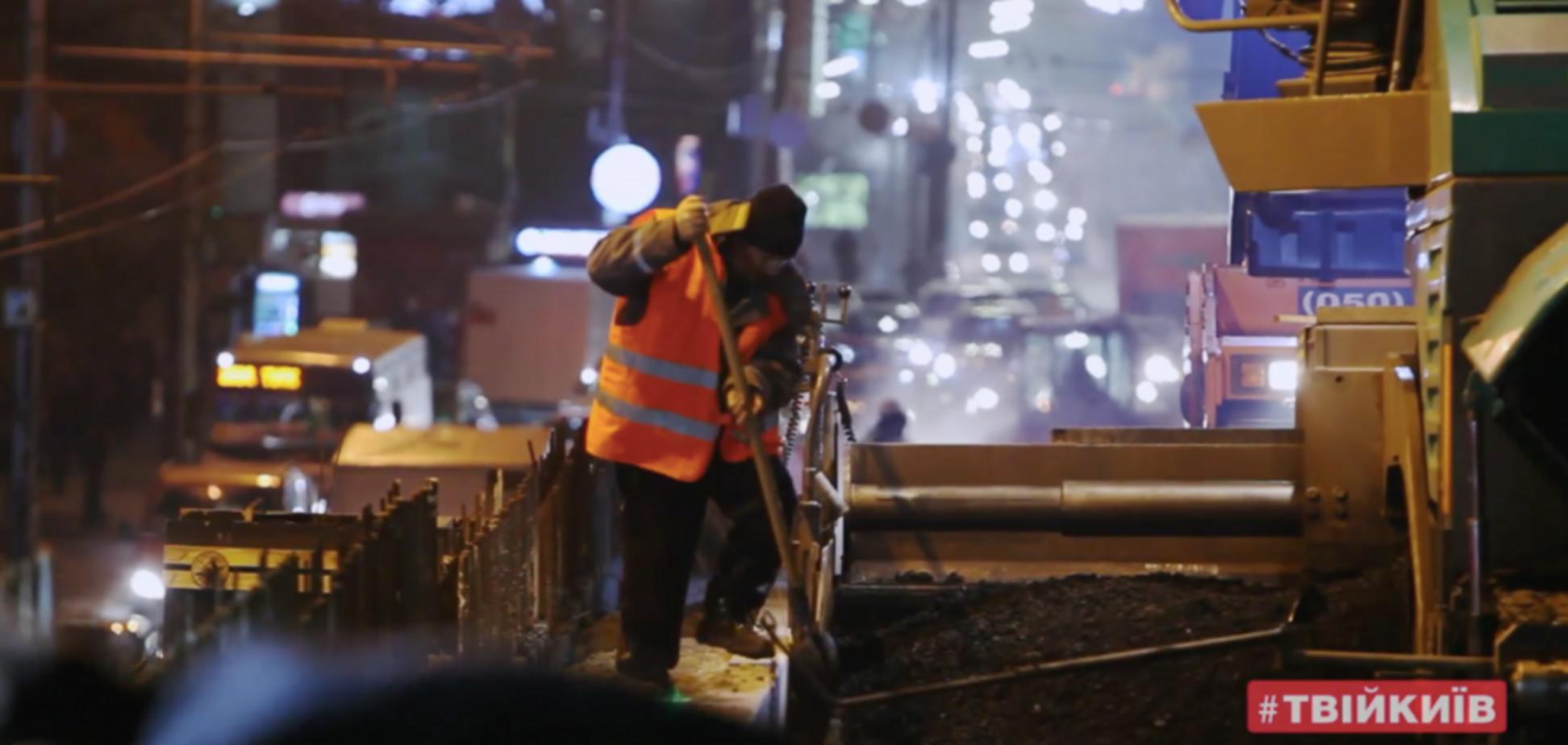 Працюють вдень і вночі: будівельники перейшли на турборежим на Шулявському мосту
