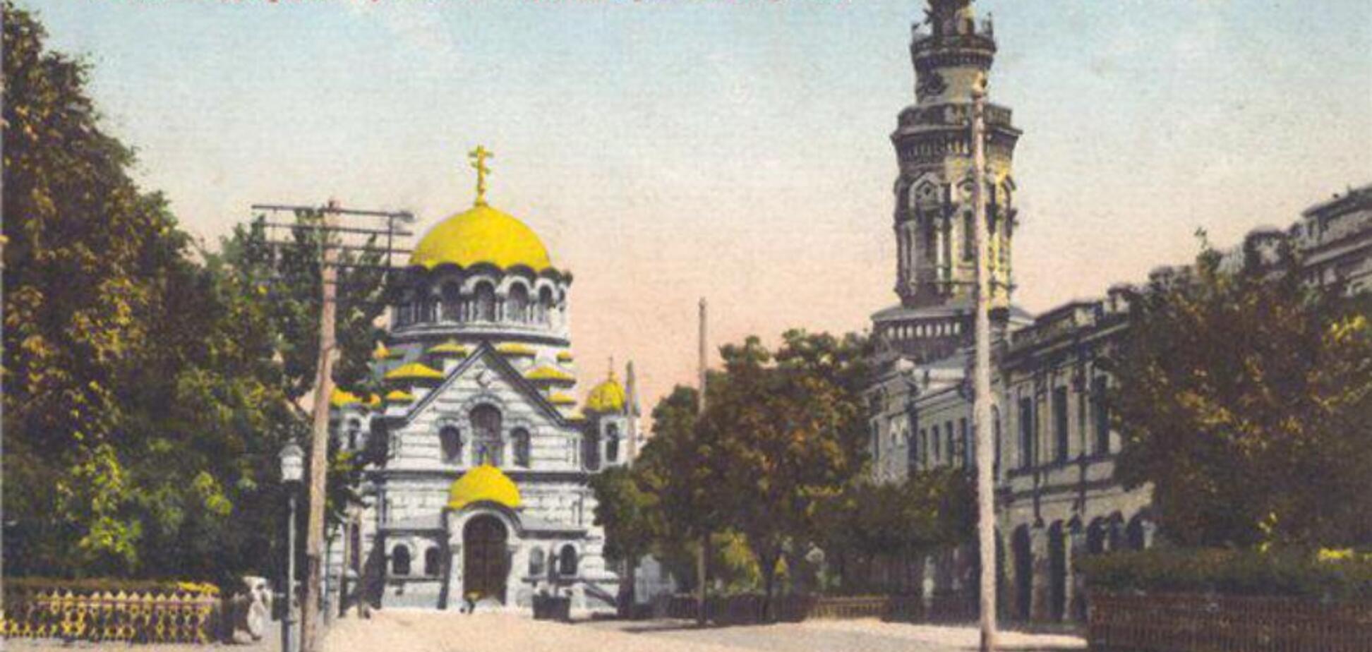 Почему Москва ставит идолов своей секты на наших сакральных местах?
