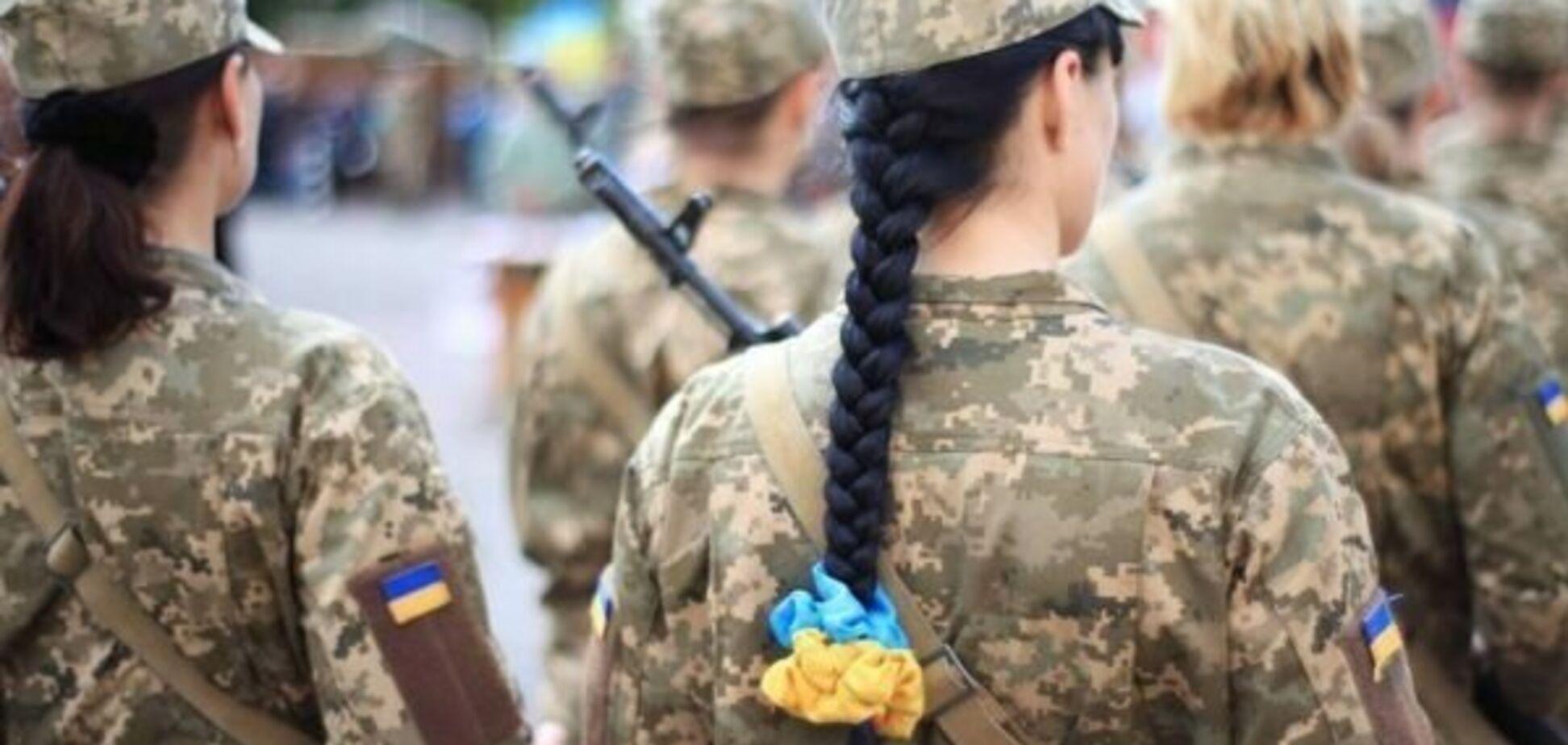 Зубы приклеила, синяк замазала: избитая в военчасти под Одессой женщина рассказала детали