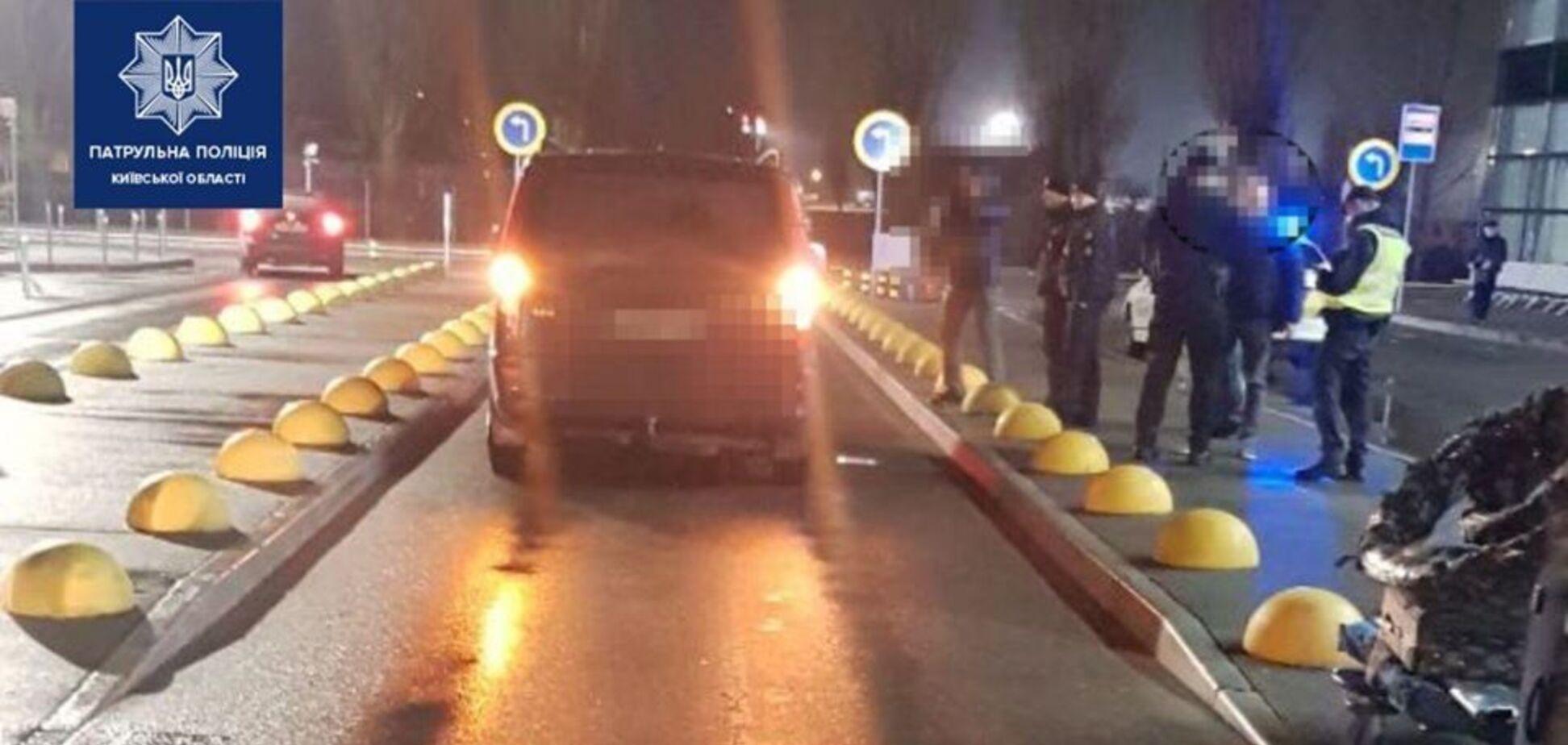 В аэропорту 'Борисполь' авто сбило ребенка