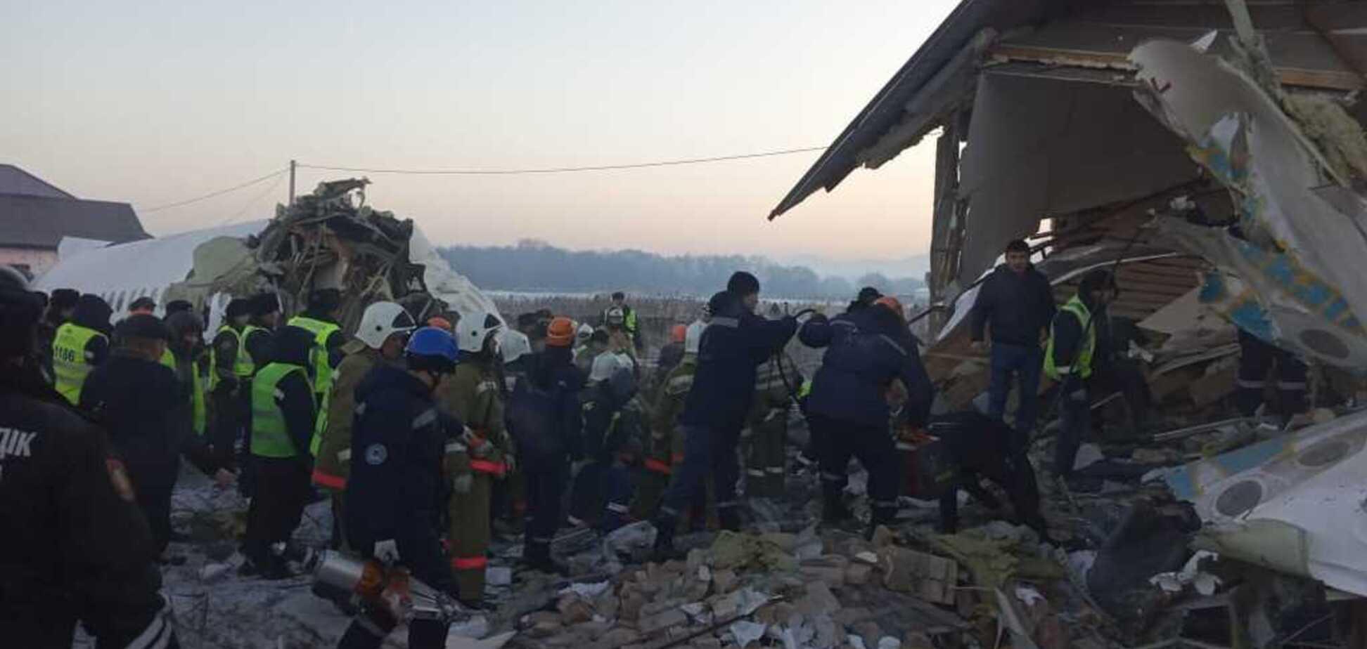 На борту літака, що розбився у Казахстані, були українці