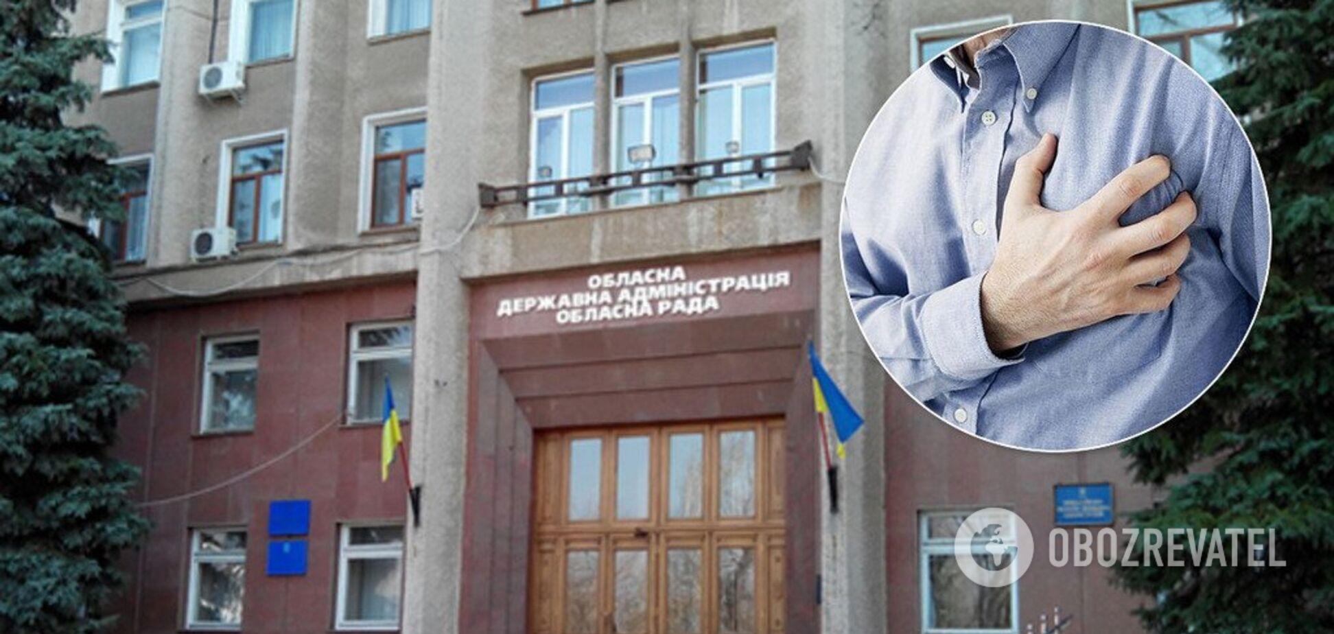 В Николаеве чиновник умер после ссоры на сессии облсовета