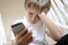 'Вихід є!' В Україні показали реальне онлайн-цькування дітей