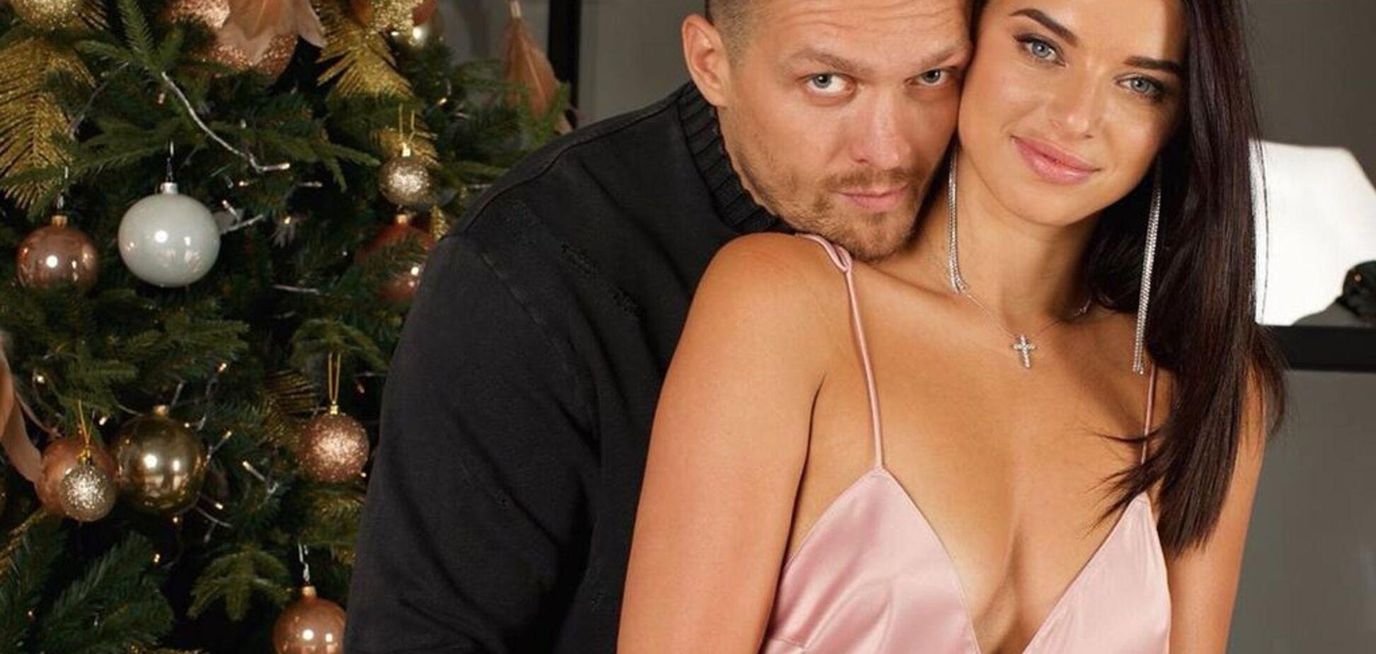 На голе тіло: Усик з дружиною знялися в спокусливiй домашнiй фотосесії