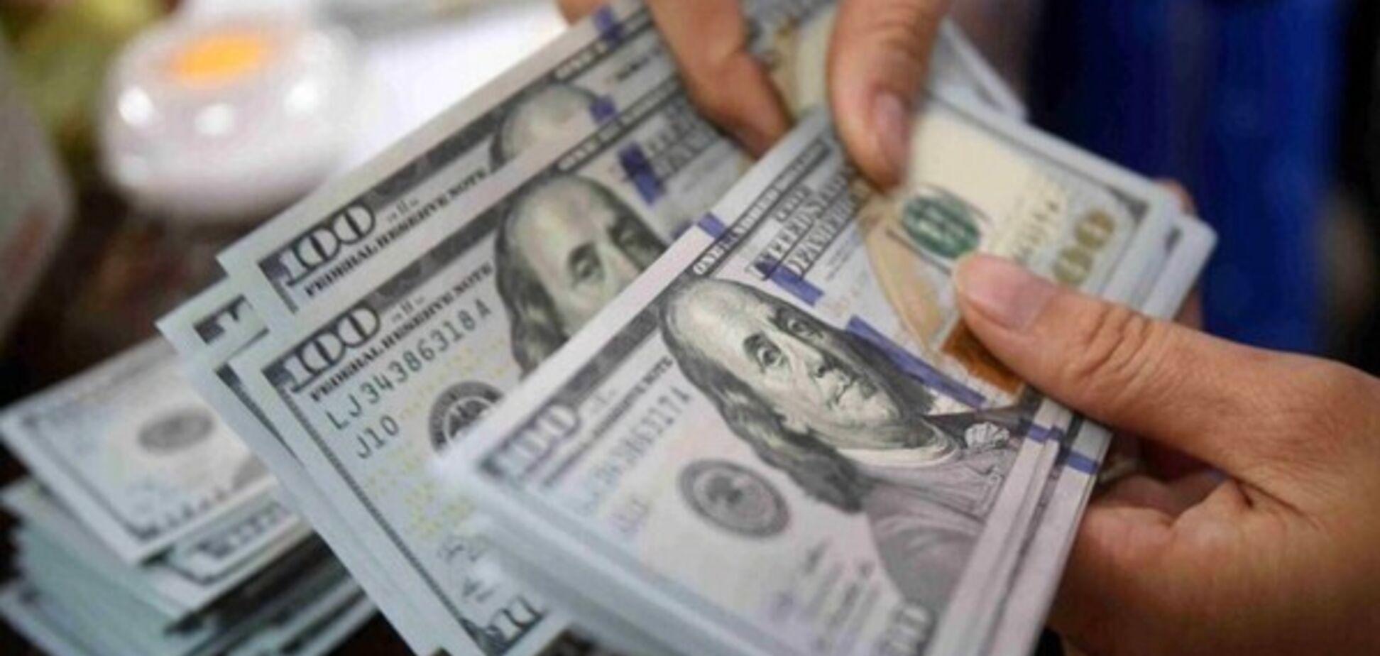 Средняя зарплата в Украине достигла исторического максимума