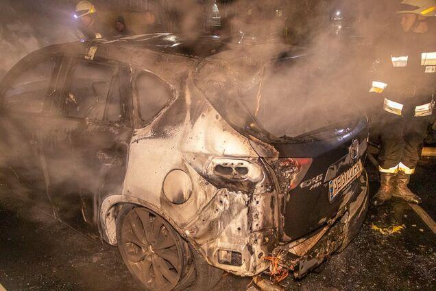 На Перемозі згоріла Mazda