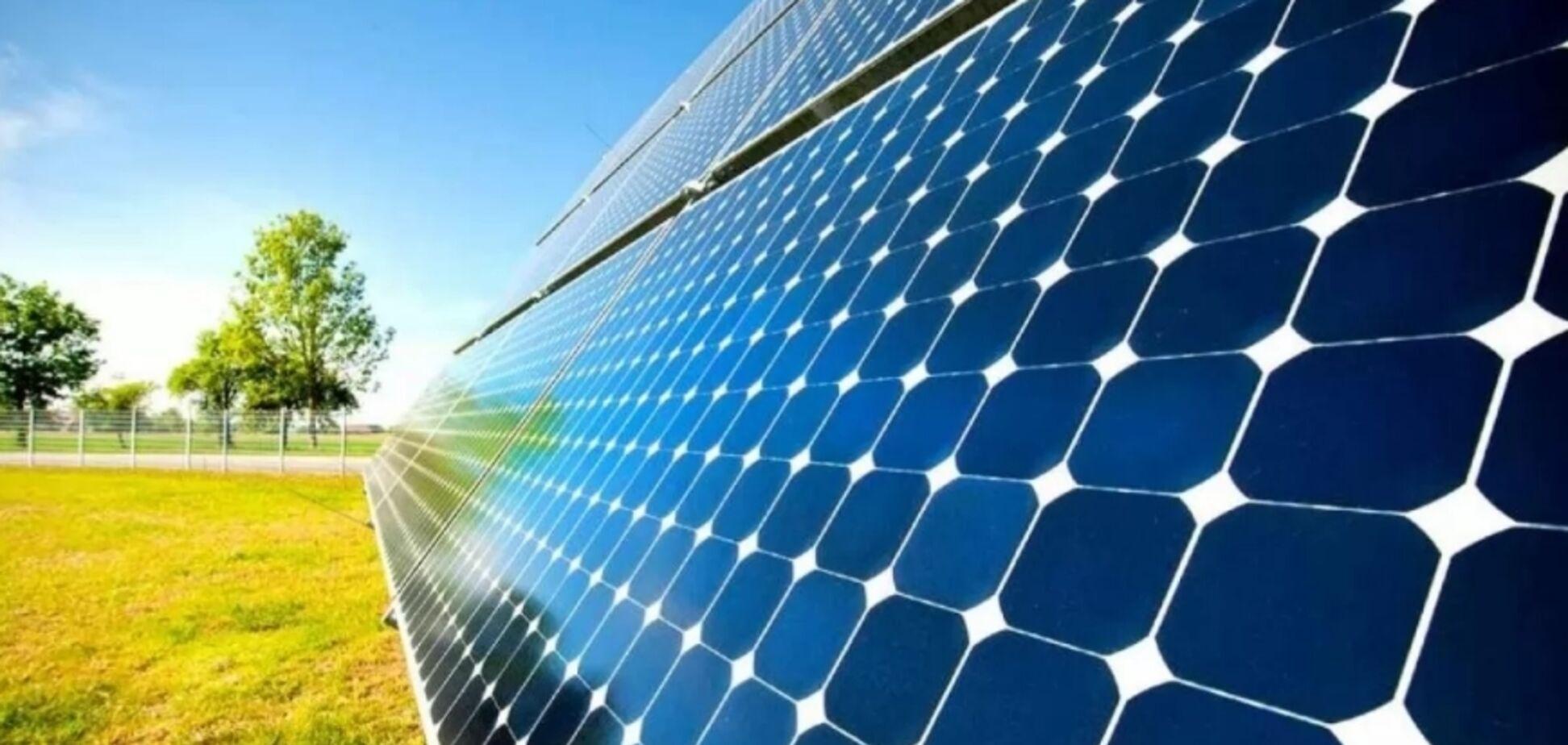 Свел платежи к нулю: украинец поделился опытом установки солнечных панелей