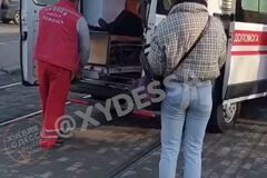 В Одессе трамвай сбил женщину