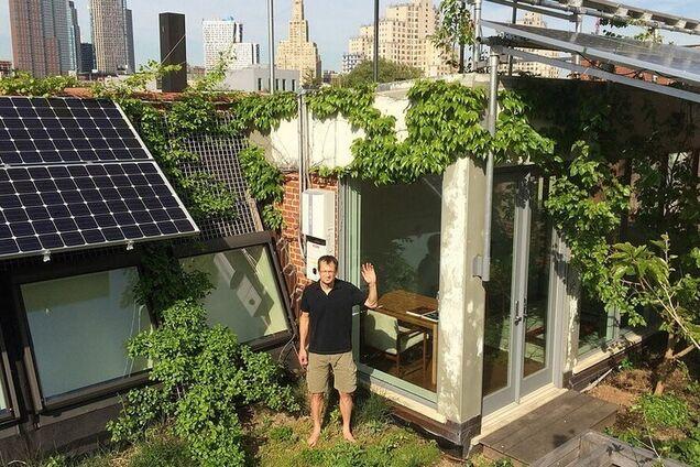 Будинок з сонячними панелями в Брукліні, Нью-Йорк