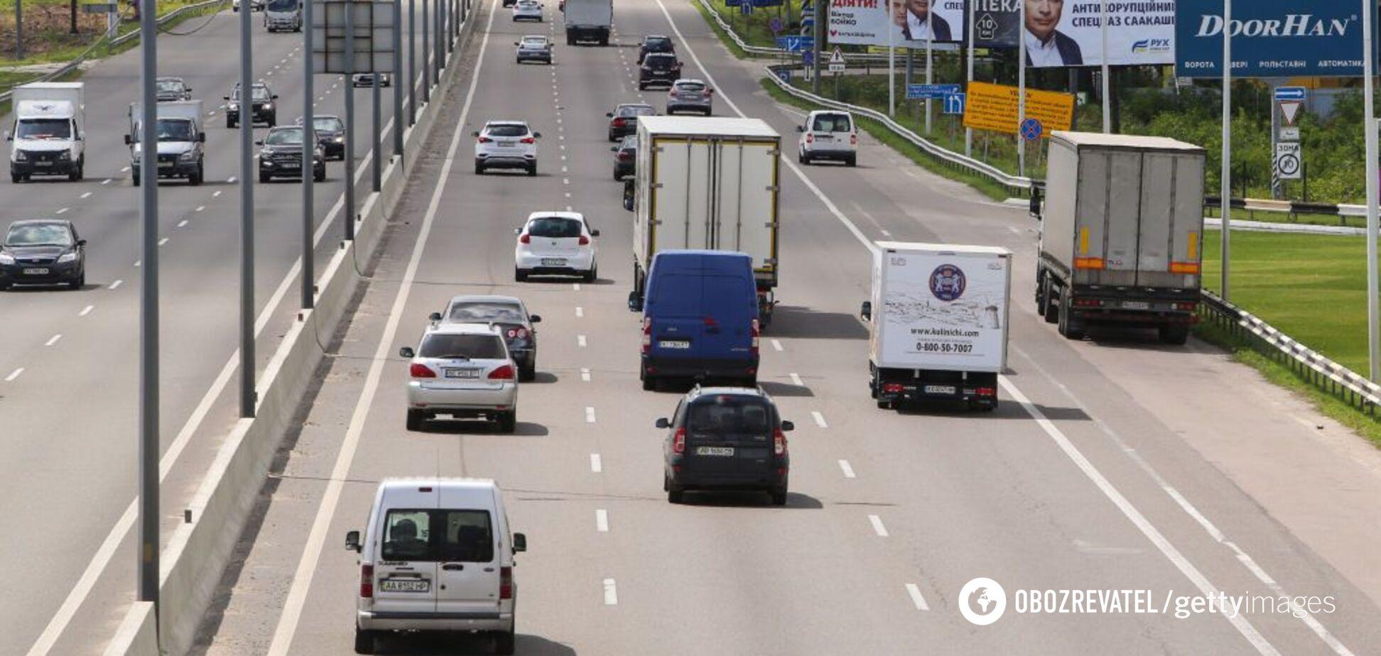 Рада змінила правила дорожнього руху: кого стосуватиметься