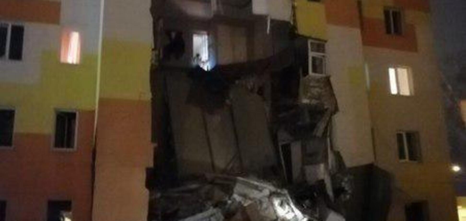 У Росії вибухнув і обвалився житловий будинок