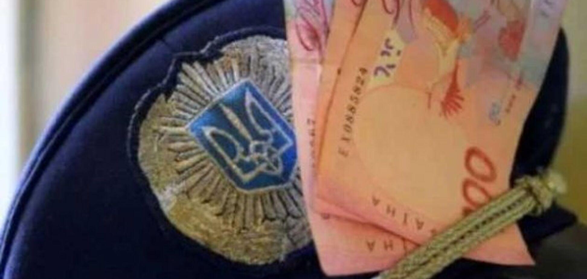 Одеський поліцейський звинуватив колег у корупції