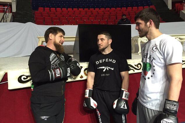 Рамзан Кадыров (слева)