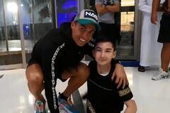 Роналду сыграл в футбол с известным мальчиком без ног – видео