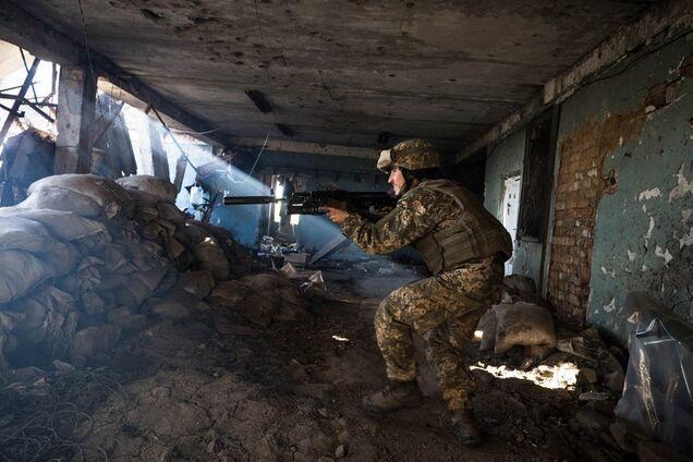 Позиції ЗСУ на Донбасі атакували снайпери бойовиків