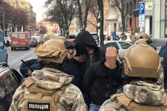 В Днепре спецназовцы 'на горячем' поймали банду рэкетиров. Видео