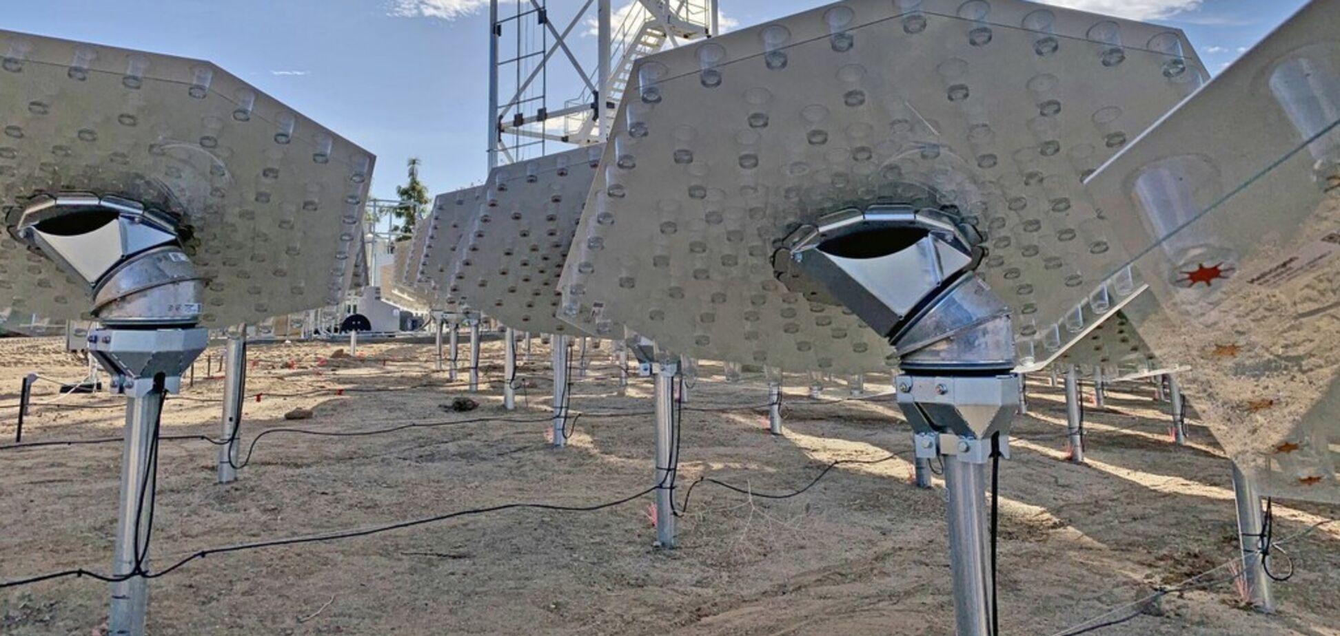 'Прорив у енергетиці': з'явилося приголомшливе відео роботи 'розумної' сонячної станції в США