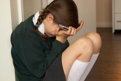 У школі Рівного дівчина до крові побила дитину з ДЦП