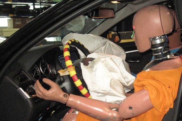 Подушки Takata продовжують вбивати водіїв